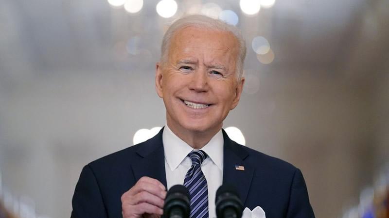 Joe Biden Jokes About Murdering Reporters
